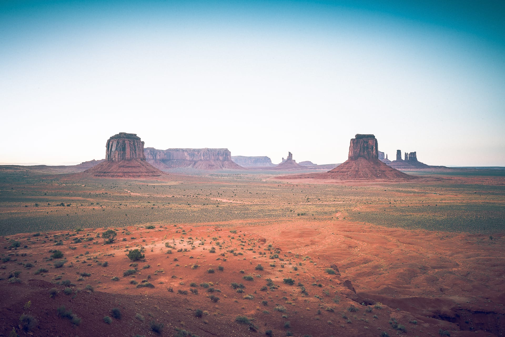 Artist's Point  at Monument Valley