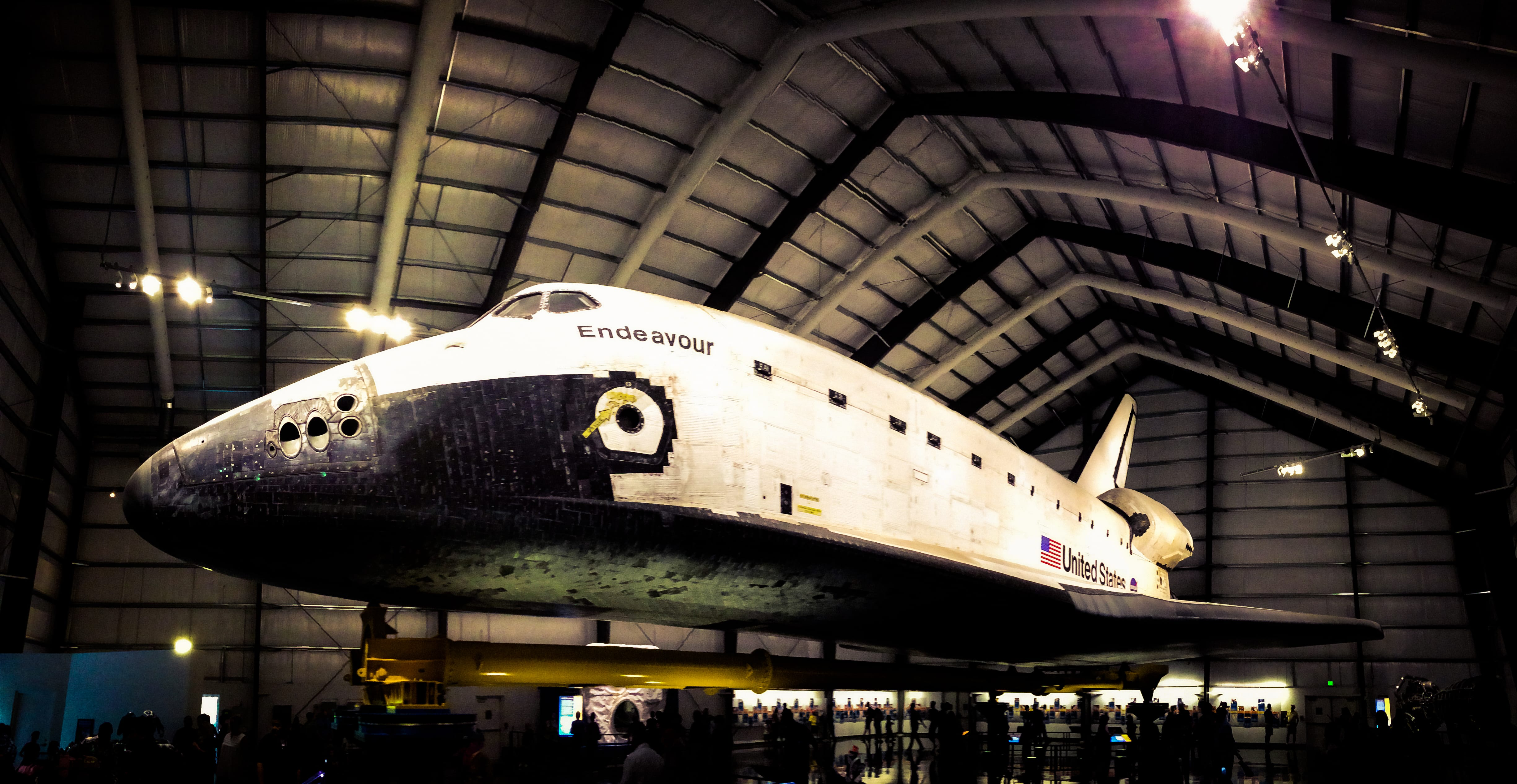 iPhone 5s - Space Shuttle Endeavour