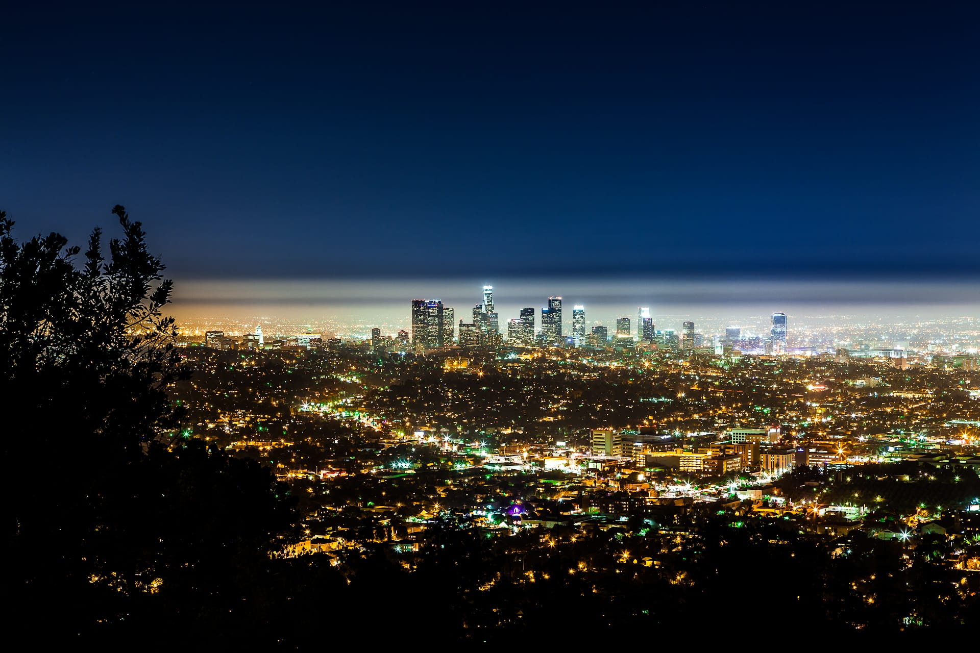 Image gallery los angeles city view for Is la a city