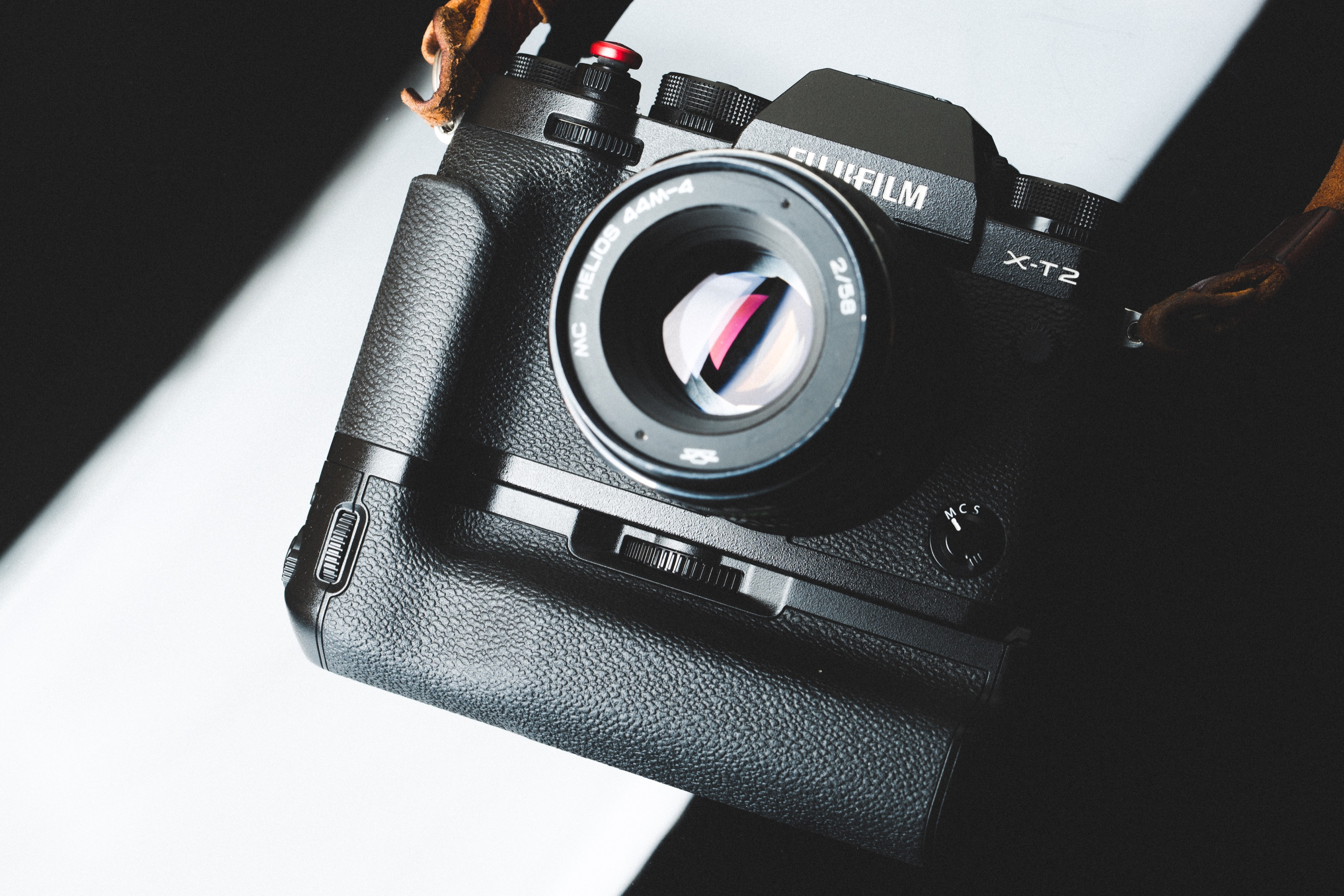 Fujifilm VPB-XT2 Vertical Battery Grip Review