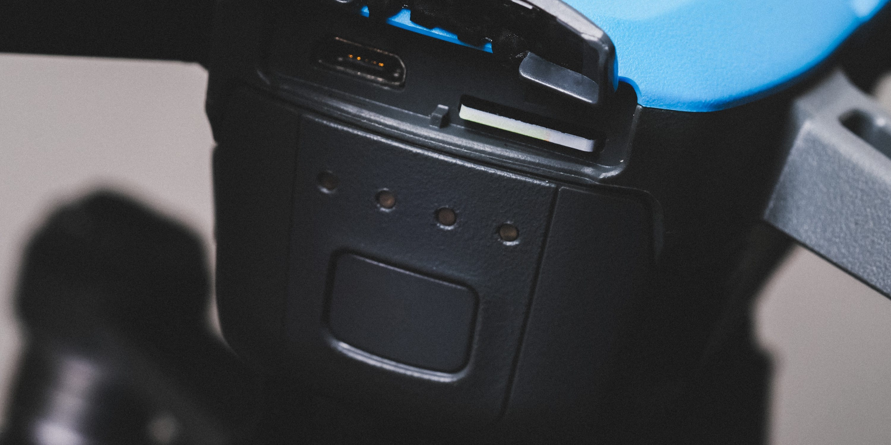 DJI Spark Memory Card Slot In The Back
