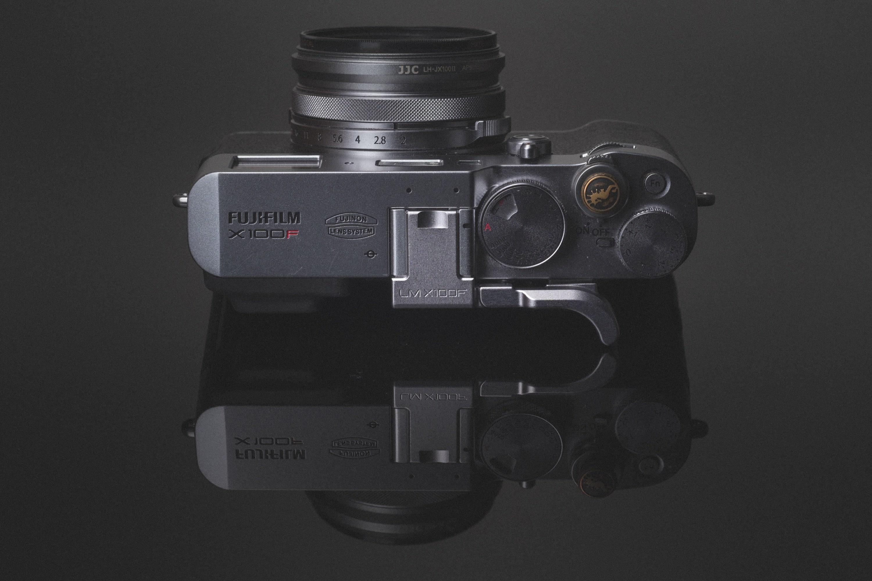 Fujifilm X100F Lensmate Thumb Grip Review