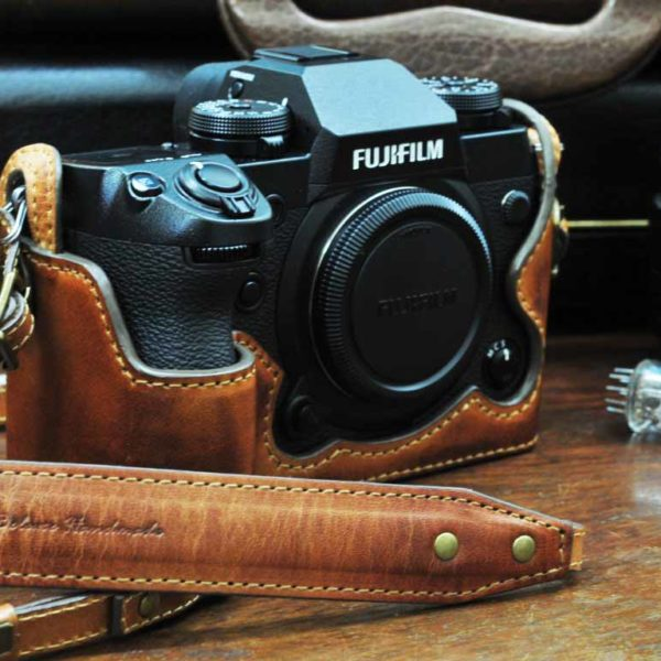 Kaza Deluxe Leather Case Fujifilm XH1