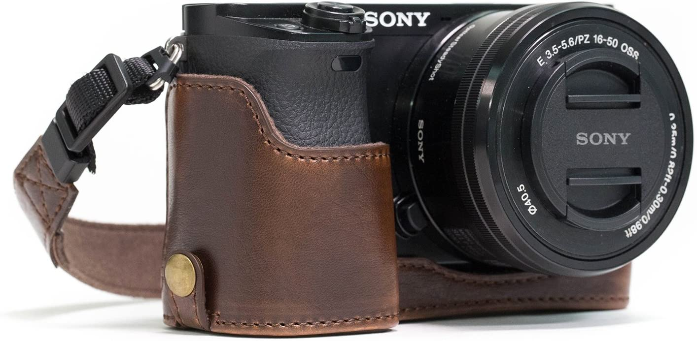 Megagear Leather Case Sony A6400